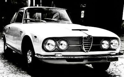 Il Banchiere di Milano, tra atmosfere anni Settanta, Alfa Romeo e Rolling Stones